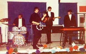 BLUE FEVER IHM Teen Club Derek Fayden Bruce Doug